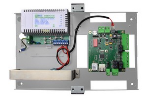 Centrale IP 2 lecteurs avec alimentation EDEN